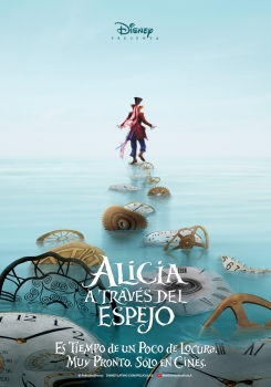 7. Alicia a Través del Espejo