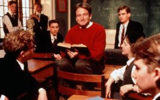 """DEAD POETS SOCIETY [US 1989] .. ROBIN WILLIAMS [centre], ROBERT SEAN LEONARD [right top], JOSH CHARLES [centre right], ETHAN HAWKE [bottom right] mail_sender """"Emma Dow"""" mail_subject FW: lo res reciting poetry images mail_date Fri, 22 May 2009 16:32:47 +0100 mail_body =20 =20 ________________________________ From: scandesk 3 [mailto:pixdesk@rgapix.com]=20 Sent: 22 May 2009 16:31 To: Emma Dow Subject: lo res reciting poetry images =20 Hi Emma, =20 Will any of these work? =20 Best wishes, =20 Simon"""